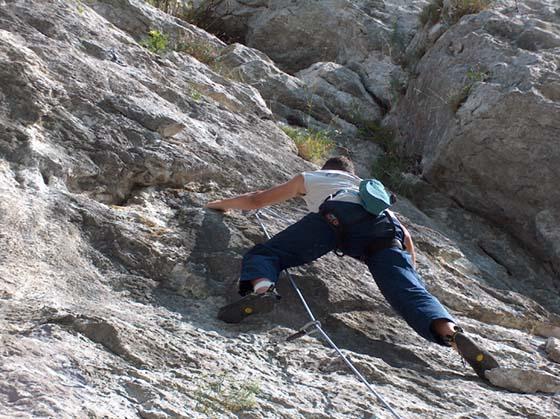 born 2 climb